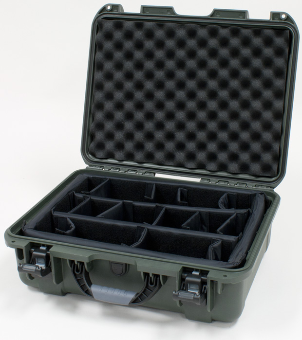 Plasticase Nanuk 930 Case with Padded Divider: Olive