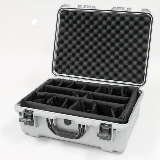 Plasticase Nanuk 940 Case with Padded Divider: Silver