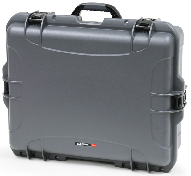 Plasticase Nanuk 945 Case with Padded Divider: Graphite